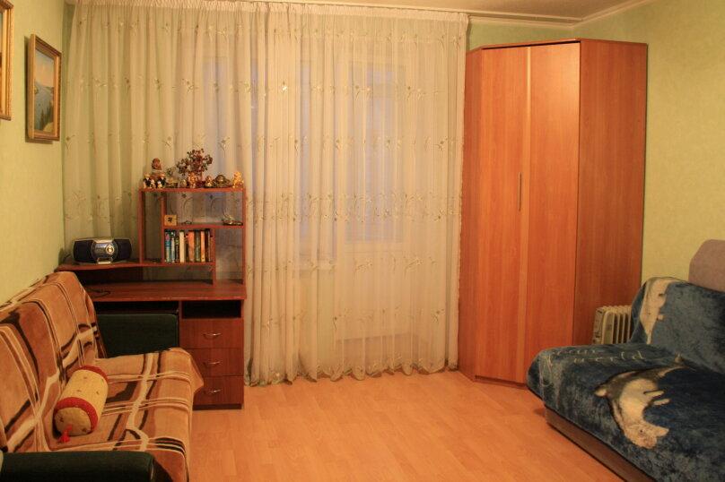 2-комн. квартира, 72 кв.м. на 4 человека, Чистопольская улица, 85, Казань - Фотография 2