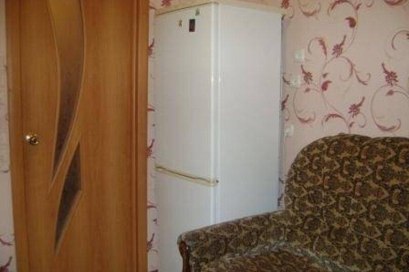 1-комн. квартира, 34 кв.м. на 4 человека, улица Есенина, 14, Белгород - Фотография 2