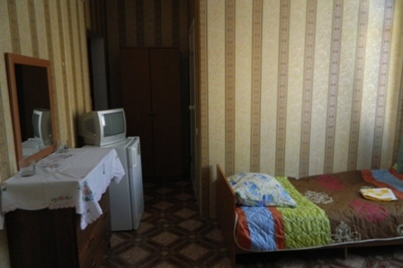 "Гостевой дом ""На Камо 7"", улица Камо, 7 на 10 комнат - Фотография 15"