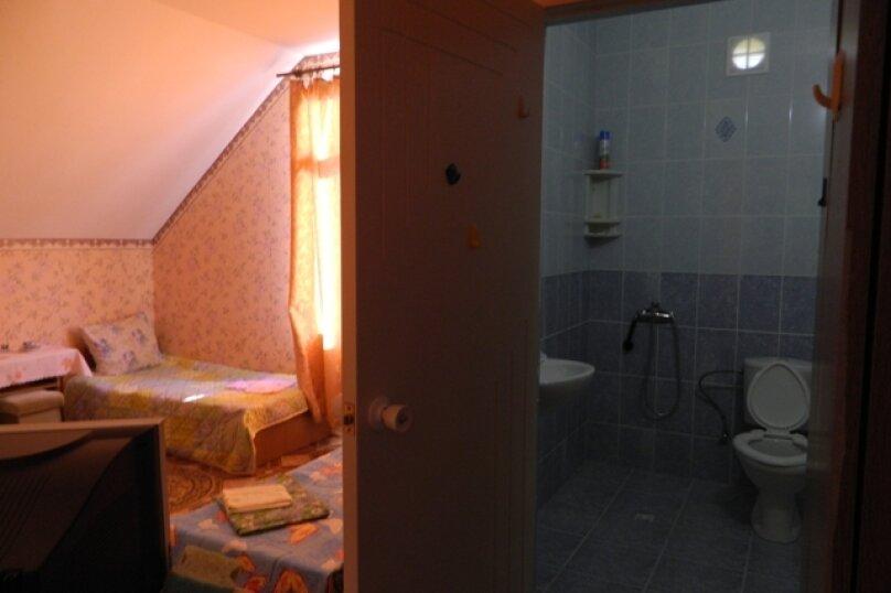 "Гостевой дом ""На Камо 7"", улица Камо, 7 на 10 комнат - Фотография 22"