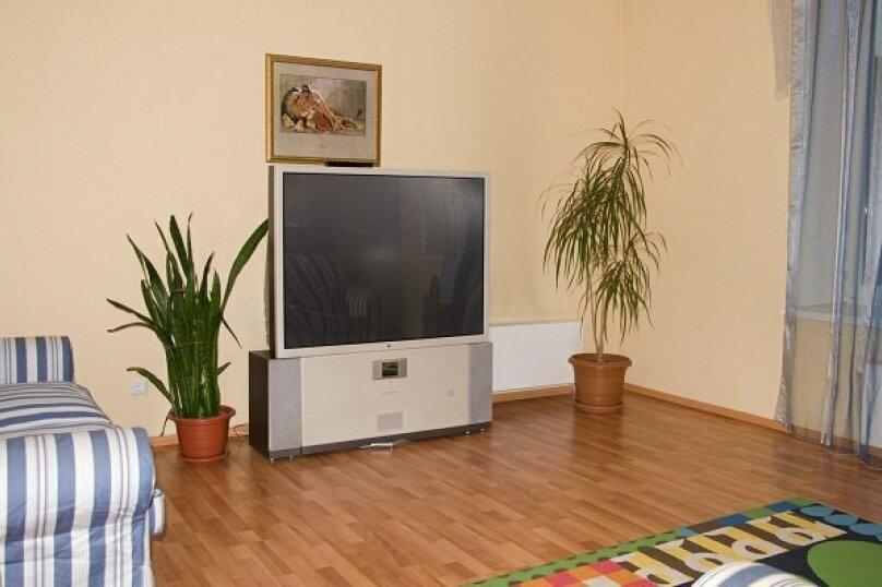 2-комн. квартира, 80 кв.м. на 4 человека, улица 8 Марта, 194, Екатеринбург - Фотография 7