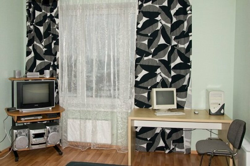 2-комн. квартира, 80 кв.м. на 4 человека, улица 8 Марта, 194, Екатеринбург - Фотография 9