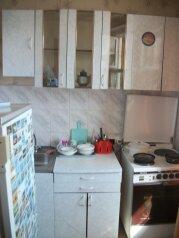 1-комн. квартира, 36 кв.м. на 6 человек, Взлётная улица, 6, Советский район, Красноярск - Фотография 2
