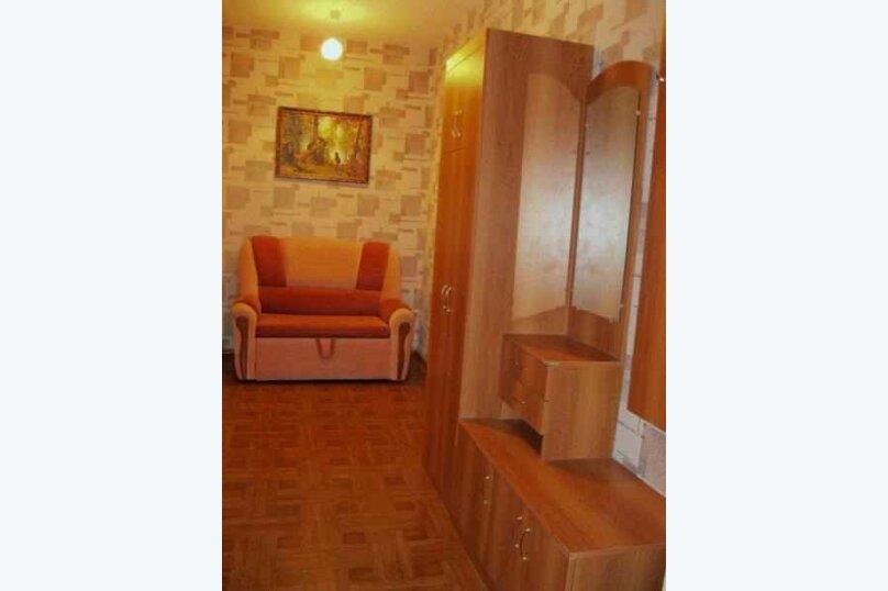 1-комн. квартира, 53 кв.м. на 5 человек, улица Щорса, 53, Белгород - Фотография 2