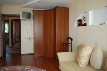 2-комн. квартира, 56 кв.м. на 2 человека, улица Свердлова, Березники - Фотография 3