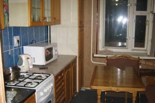 2-комн. квартира на 3 человека, улица Ломоносова, 2, Центральный округ, Курск - Фотография 1