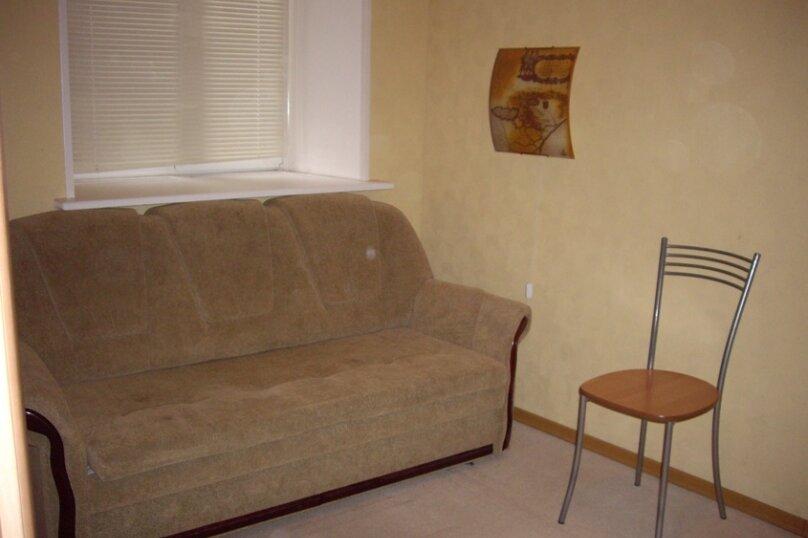 2-комн. квартира, 45 кв.м. на 5 человек, Захарьевская улица, 13, Санкт-Петербург - Фотография 1