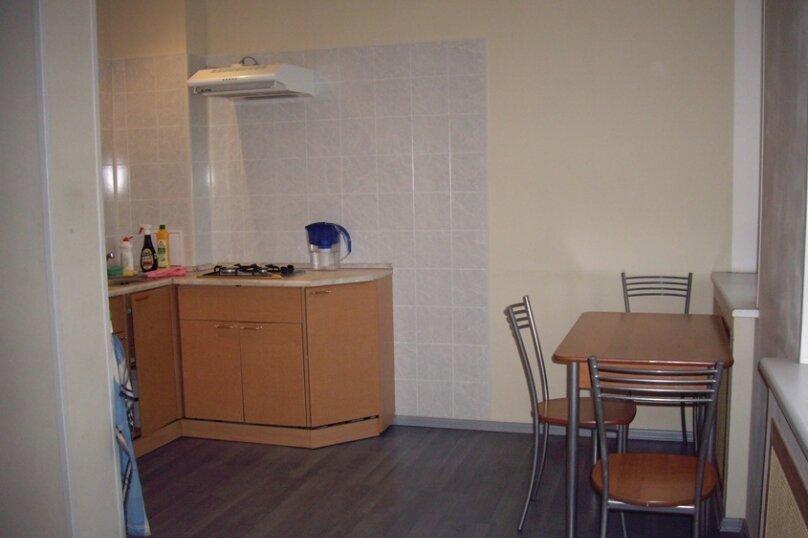 2-комн. квартира, 45 кв.м. на 5 человек, Захарьевская улица, 13, Санкт-Петербург - Фотография 2
