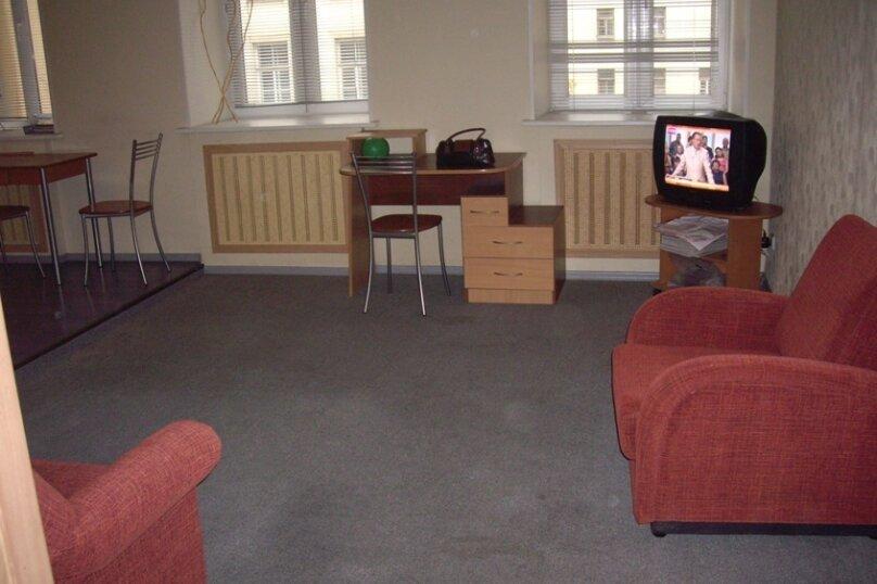 2-комн. квартира, 45 кв.м. на 5 человек, Захарьевская улица, 13, Санкт-Петербург - Фотография 3