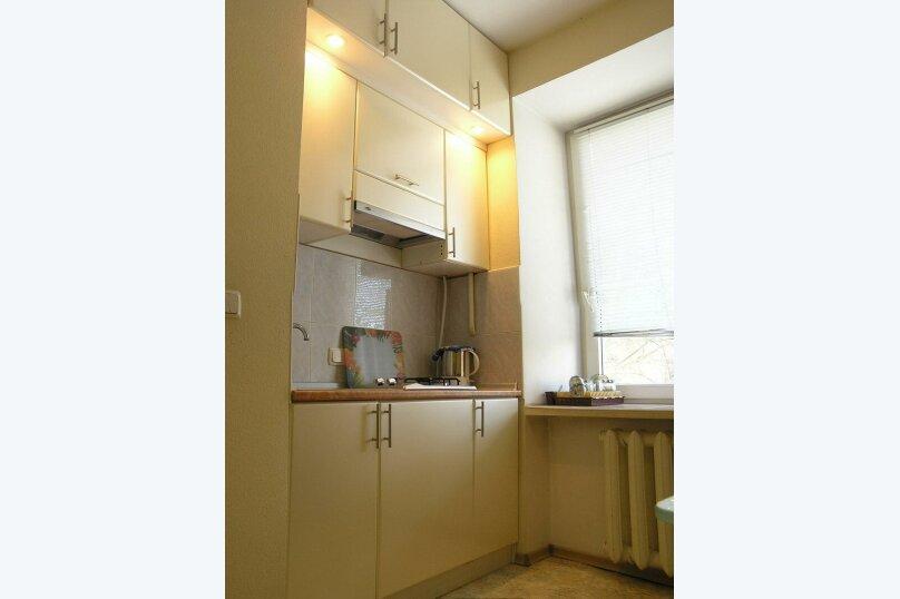 1-комн. квартира, 33 кв.м. на 2 человека, улица Кирова, 80, Калуга - Фотография 1
