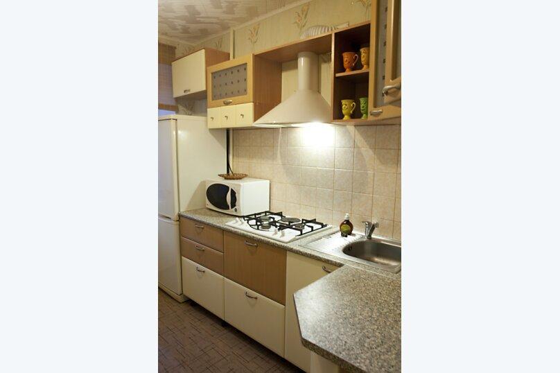 1-комн. квартира, 33 кв.м. на 4 человека, проспект Ленина, 13А, Екатеринбург - Фотография 4