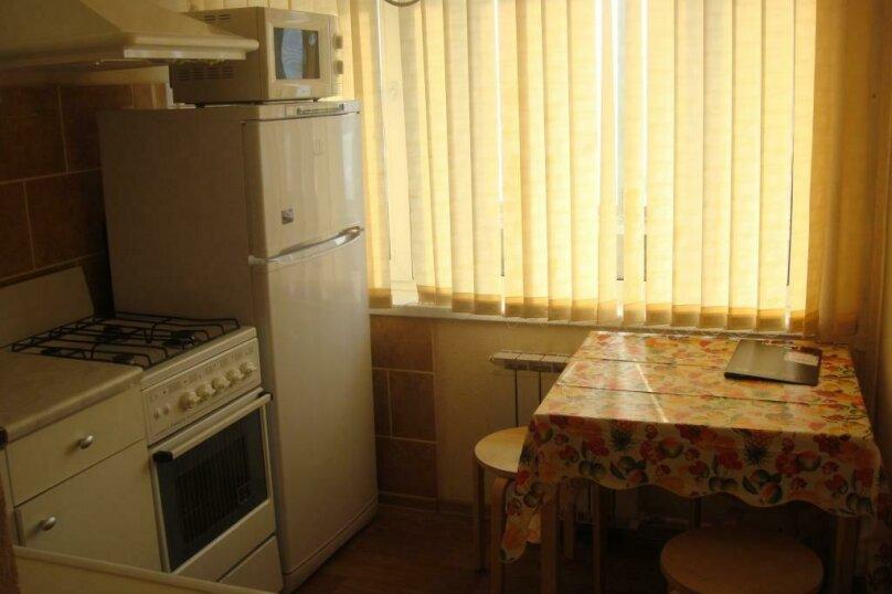 1-комн. квартира, 39 кв.м. на 3 человека, улица Челюскинцев, 23, метро Уральская, Екатеринбург - Фотография 5