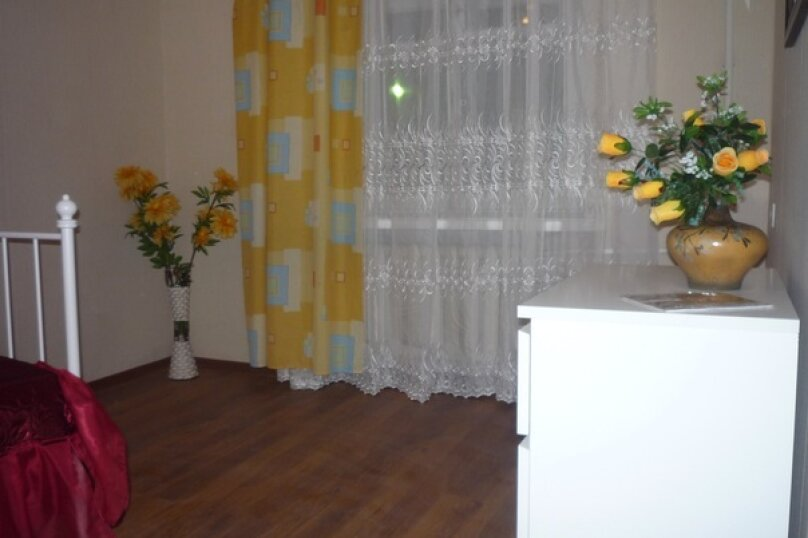 2-комн. квартира, 82 кв.м. на 6 человек, улица Графтио, 4, метро Петроградская, Санкт-Петербург - Фотография 7