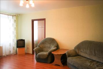 2-комн. квартира, 52 кв.м. на 4 человека, проспект Бардина, 12, Новокузнецк - Фотография 1