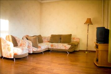 2-комн. квартира, 64 кв.м. на 4 человека, проезд Казарновского, 5, Центральный район, Новокузнецк - Фотография 1