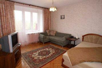 1-комн. квартира на 3 человека, Океанский проспект, 90, Первореченский район, Владивосток - Фотография 1