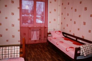 2-комн. квартира, 54 кв.м. на 6 человек, улица Мусы Джалиля, 33, Кировский район, Томск - Фотография 3