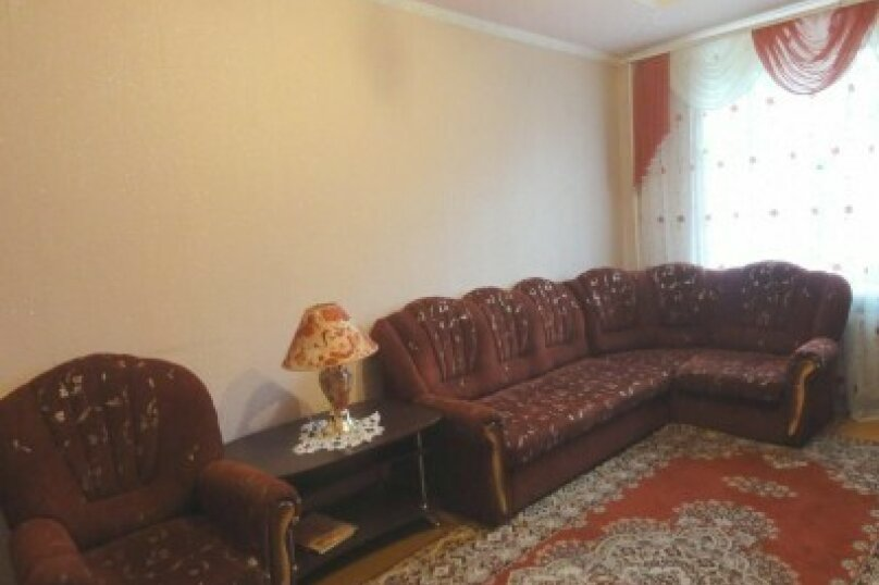 2-комн. квартира, 45 кв.м. на 5 человек, улица Юрия Гагарина, 25, Уфа - Фотография 1