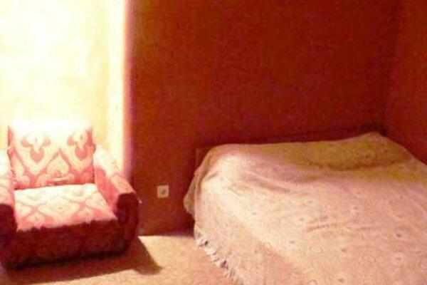3-комн. квартира, 64 кв.м. на 10 человек, Ярославская улица, 19, Октябрьский район, Саранск - Фотография 1