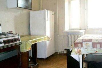 2-комн. квартира, 42 кв.м. на 5 человек, улица Кирова, 27В, Смоленск - Фотография 3