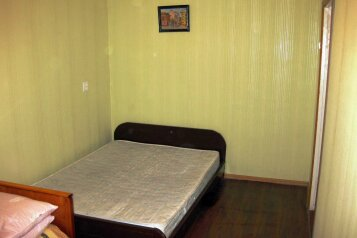 2-комн. квартира, 42 кв.м. на 5 человек, улица Кирова, 27В, Смоленск - Фотография 2