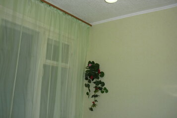 2-комн. квартира, 45 кв.м. на 4 человека, проспект Фрунзе, 98/2, Советский район, Томск - Фотография 2