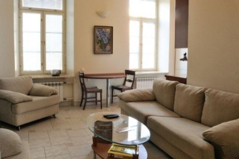 2-комн. квартира на 4 человека, Тверская улица, 15, метро Тверская, Москва - Фотография 3