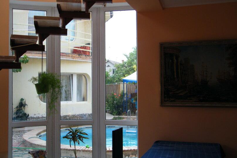 """Гостевой дом """"Три кита"""", Зеленая, 3 на 12 комнат - Фотография 29"""
