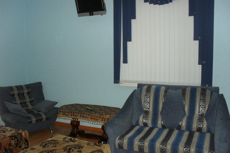 Двухместный номер, улица Берзина, 64, Астрахань - Фотография 1