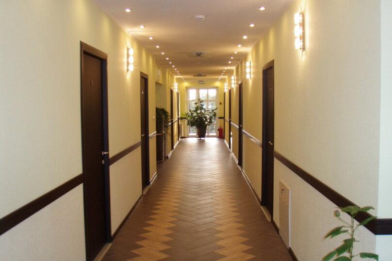 """Гостевой дом """"Платан"""", улица Красная, 32 на 11 комнат - Фотография 3"""