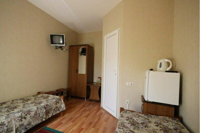 2 местный номер, улица Калараш, 73, Лазаревское - Фотография 1