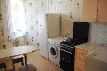 2-комн. квартира, 70 кв.м. на 7 человек, проспект Гагарина, 26, Ленинский район, Смоленск - Фотография 2