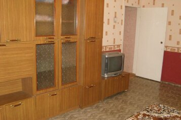 2-комн. квартира на 4 человека, улица Карла Либкнехта, 148, Ленинский район, Киров - Фотография 3