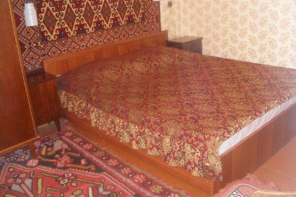 2-комн. квартира, 32 кв.м. на 6 человек, Теплосерная улица, 3, Пятигорск - Фотография 1
