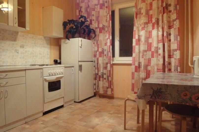 1-комн. квартира, 45 кв.м. на 2 человека, улица 78 Добровольческой Бригады, 19, Красноярск - Фотография 3