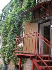 Гостиница, улица Мордовцева, 8 на 8 номеров - Фотография 1