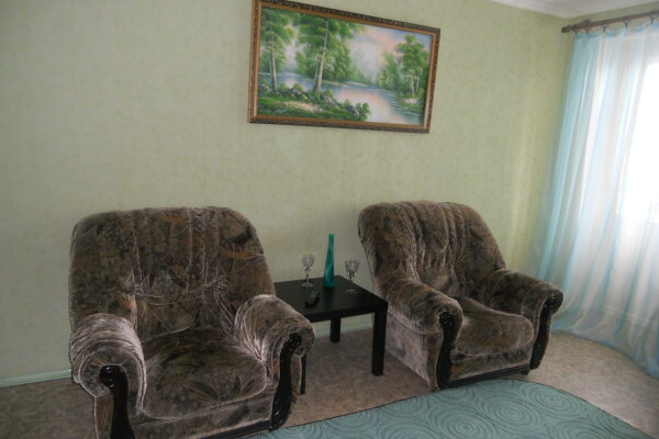 2-комн. квартира, 53 кв.м. на 4 человека, Грибоедова, 18, Дзержинск - Фотография 1