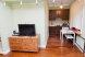 1-комн. квартира, 37 кв.м. на 4 человека, Столярный переулок, метро Краснопресненская, Москва - Фотография 2