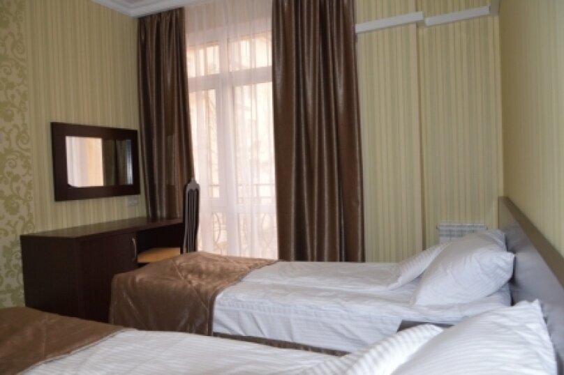 """Отель """"Фаворит"""", улица Леселидзе, 9 на 66 номеров - Фотография 30"""