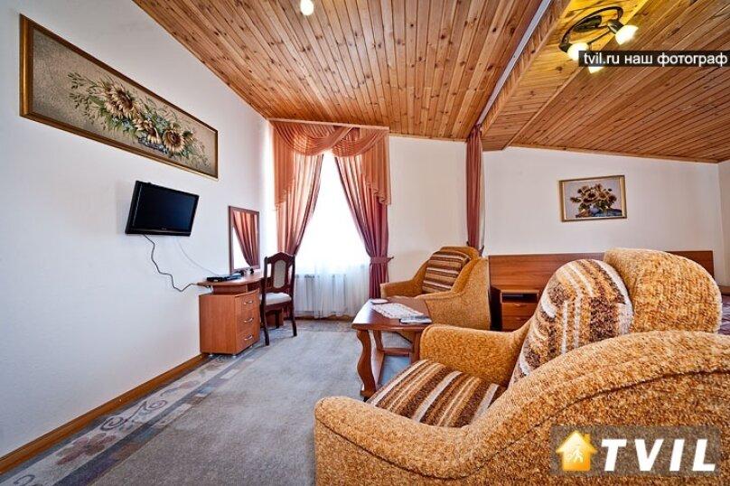 Гостевой дом Art-Hotel, улица Самбурова, 52А на 16 комнат - Фотография 43