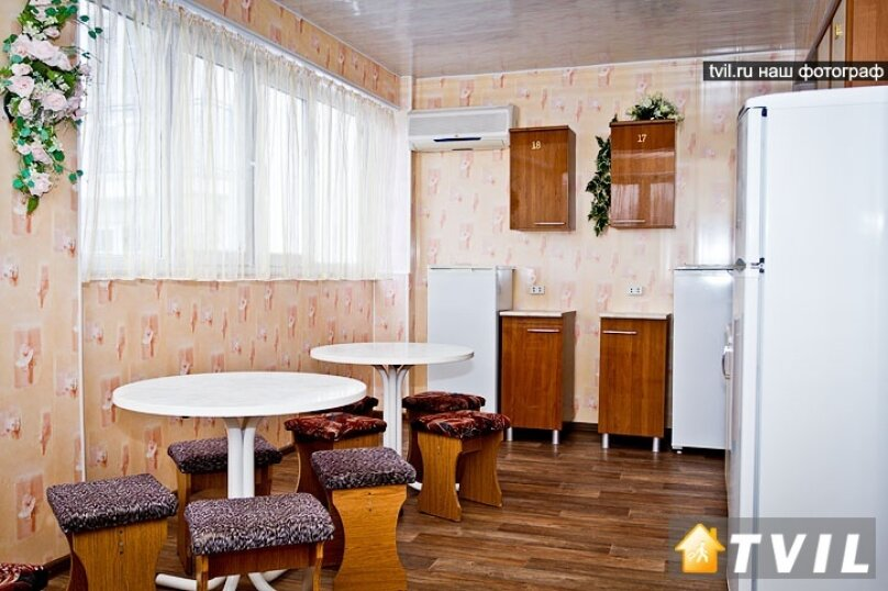 Гостевой дом на Новороссийской, Новороссийская улица, 37 на 10 комнат - Фотография 14