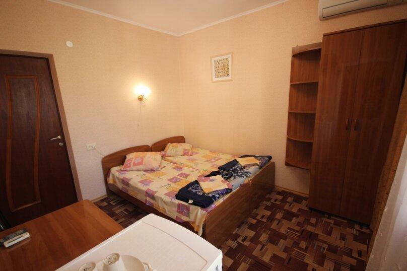 Двухместный номер с удобствами и балконом, Октябрьская улица, 7, Лазаревское - Фотография 4