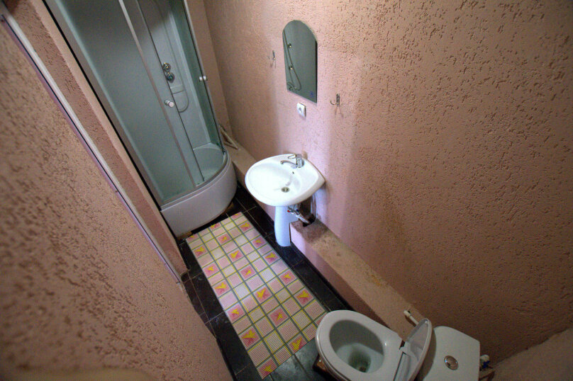 """Гостевой дом """"Алёна"""", Тупиковый переулок, 41 на 17 комнат - Фотография 6"""
