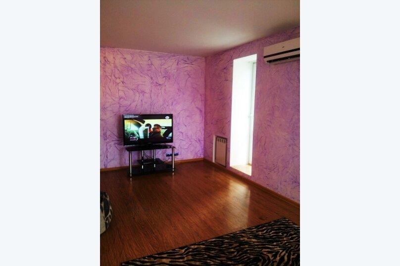 1-комн. квартира, 50 кв.м. на 2 человека, улица Орджоникидзе, 13, Саратов - Фотография 7
