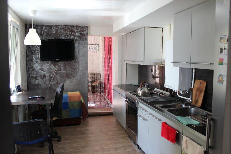 Коттедж, 60 кв.м. на 9 человек, 2 спальни, Центр, 98, Таганрог - Фотография 1