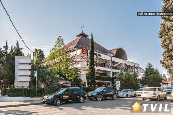 Пансионат-гостиница, Учительская улица, 3 на 36 номеров - Фотография 1