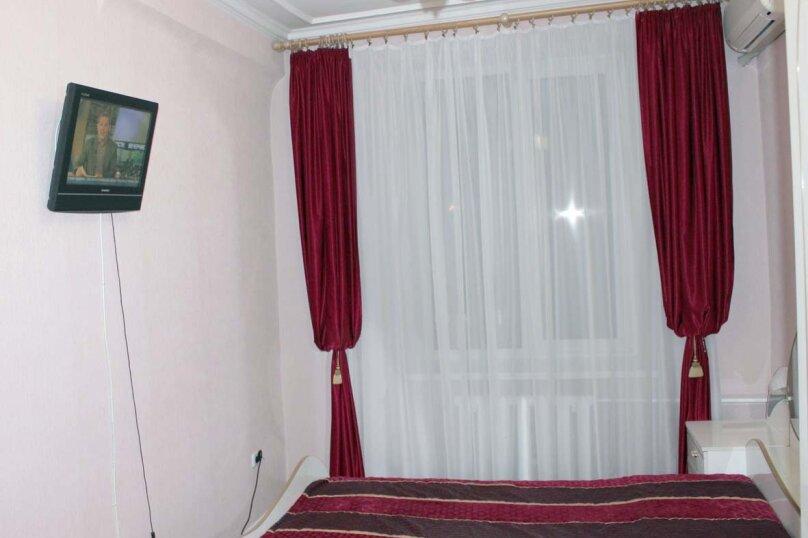 2-комн. квартира, 75 кв.м. на 5 человек, улица Мира, 18, Волгоград - Фотография 11