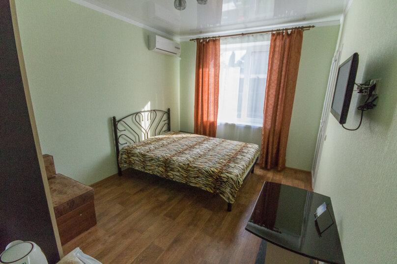 комната 4, улица Говорова, 3, Лазаревское - Фотография 1