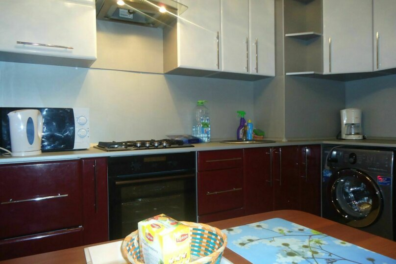 2-комн. квартира, 60 кв.м. на 4 человека, улица Попова, 126, Смоленск - Фотография 4