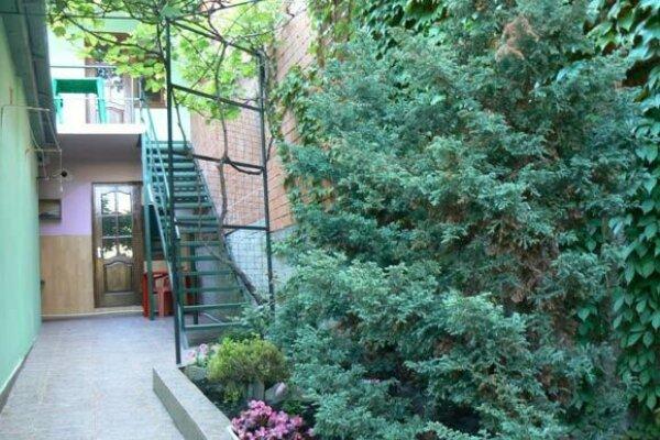 Гостевой домик, Магнитная улица, 6 на 4 номера - Фотография 1